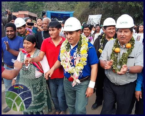 <span id='sec'>Coroico - La Paz:</span><br><span id='prim'>Gobierno rehabilita puente vehicular para facilitar el comercio de productos agropecuarios</span>
