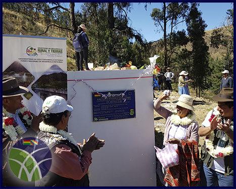 <span id='sec'>San Benito-Cochabamba:</span><br><span id='prim'>Comunidad de mujeres productoras de flores se beneficia con sistema de riego</span>